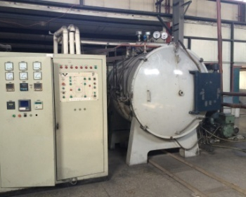 High temperature vacuum furnace